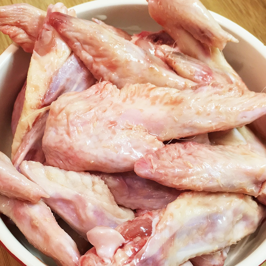 dog-cat-raw-food-wing-tips-01